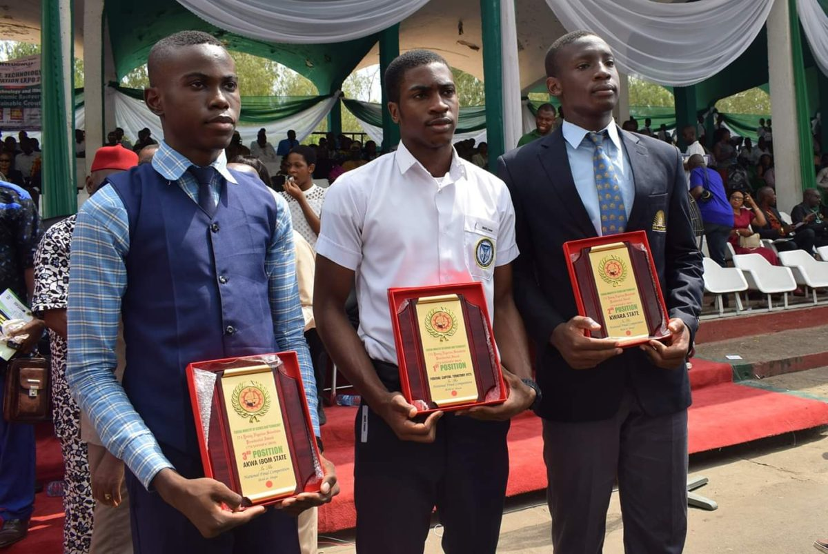 FG Awards scholarship to three young scientists