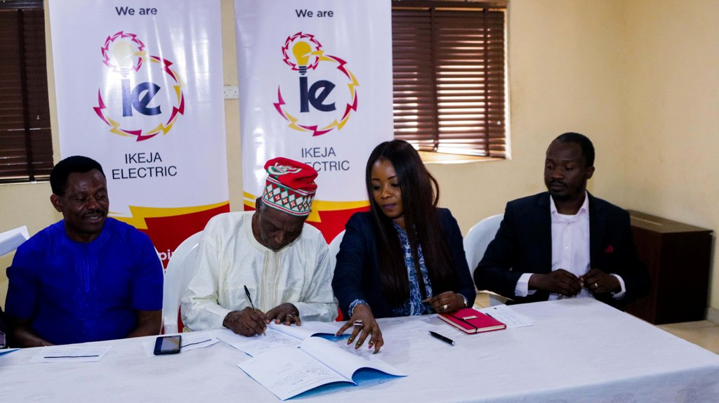 IKEJA ELECTRIC, MAGODO RESIDENTS SIGN POWER SUPPLY AGREEMENT L-R, Chairman, Magodo Residents Association, Mr Jade Niboro; Chairman, Magodo Residents Board of Trustees, Chief Stephen Owojori; Chief Operating Officer (COO) Mrs Folake Soetan and Head, Legal and Regulatory, Mr. Babatunde Osadare both of Ikeja Electric, during the signing of the Premium Power agreement at the Magodo Town Hall, Lagos recently.